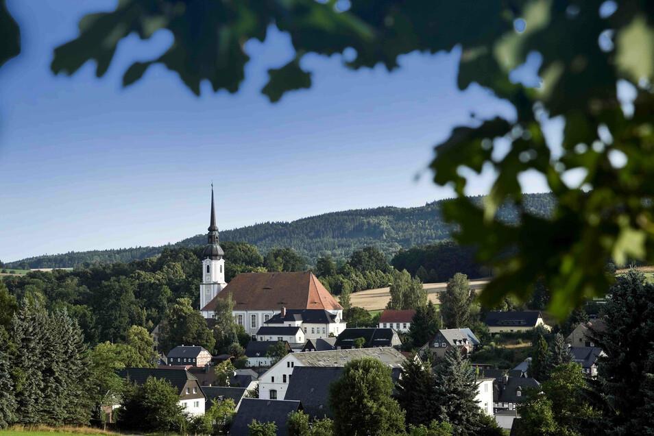 An drei Stellen in Cunewalde können Nutzer von Wohnmobilen ihr Zuhause auf Zeit nun kostenlos parken.