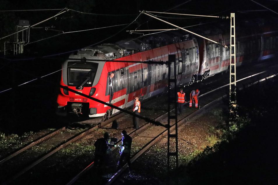Der Zug konnte nicht weiterfahren.