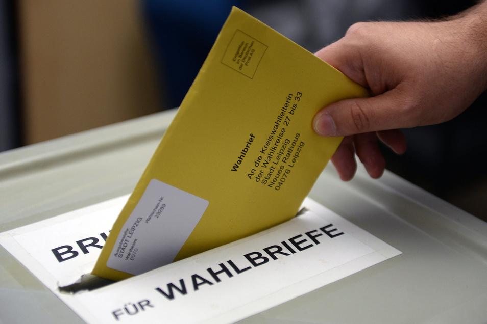Wer per Briefwahl abstimmt, kann schon nächste Woche an die Wahlurne treten.