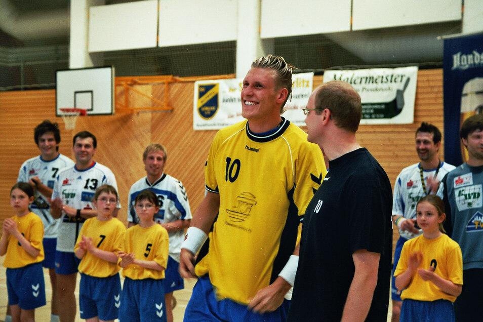 Handballweltmeister Lars Kaufmann im Trikot des SV Koweg Görlitz bei einem Freundschaftsspiel mit Concordia Delitzsch (2.BL), 2005
