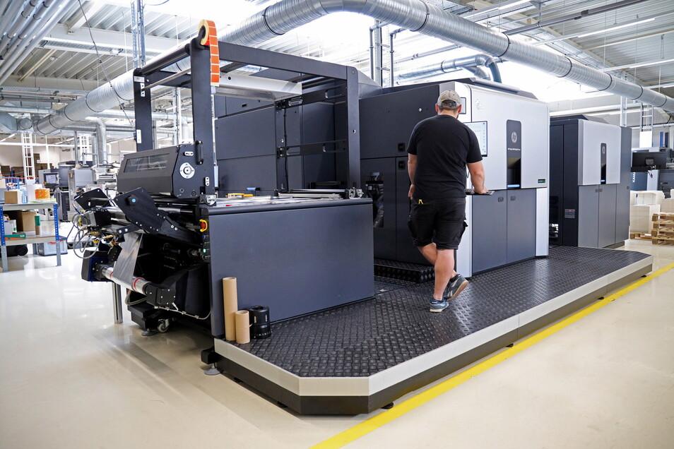 Der HP 20000 ist eine der neuesten Druckmaschinen bei Labelprint24 in Zeithain. Dort wird der Platz langsam knapp.