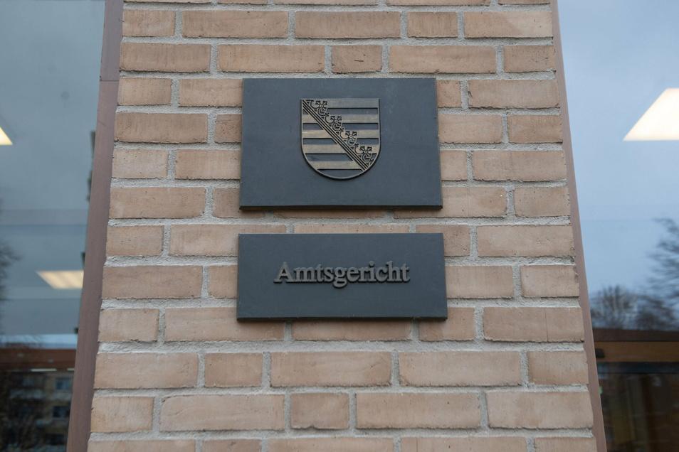 Dank seiner Kinder hat ein vielfach vorbestrafter Mann seit Jahren keine Straftaten mehr begangen. Doch wegen alter Sünden wurde er am Amtsgericht Dresden nun wieder verurteilt.