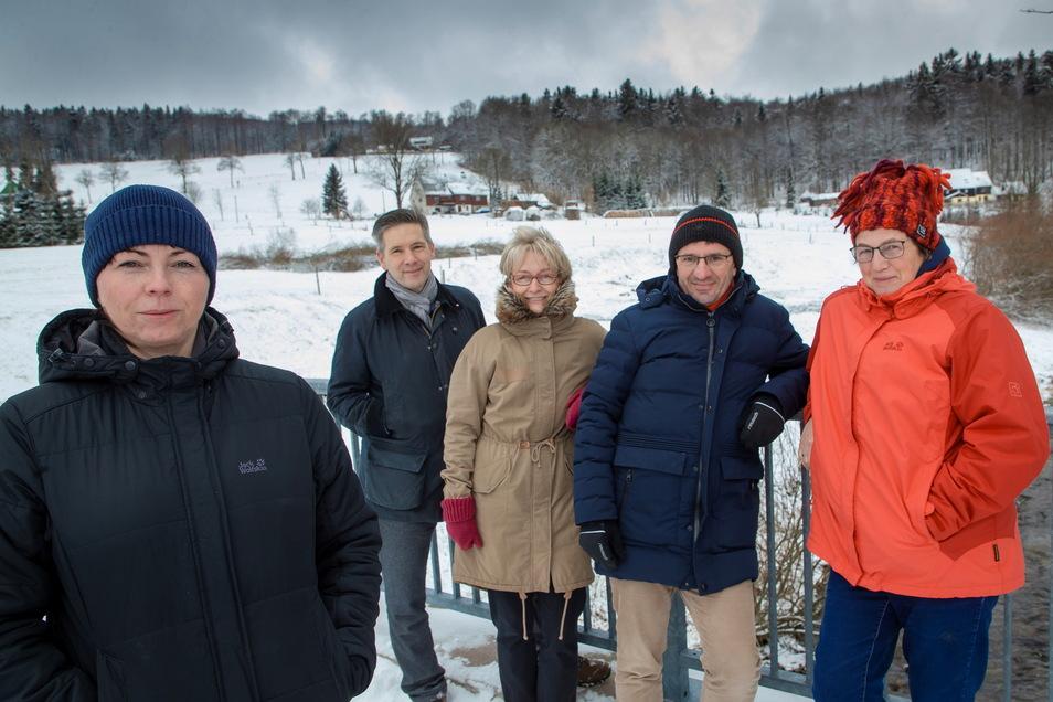 Den Förderverein Pro Rehefeld gründeten Anja Tröger, Wieland Petzold, Manuela Degen, Michael Falk und Heide Dix im Jahr 2019. Eins der Ziele ist der grenzenlose Rundwanderweg nach Moldava.
