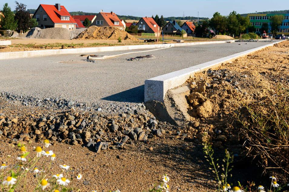 Neukirchs jüngste Straße lässt schon klare Konturen erkennen. Aber wie soll sie heißen?