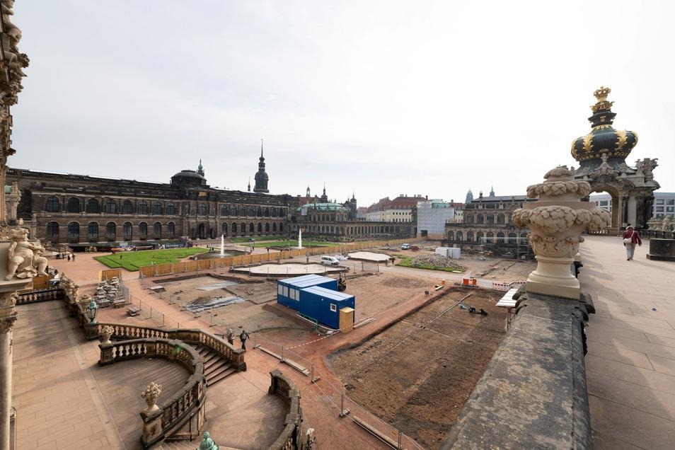 Der Zwingerhof soll abschnittsweise saniert werden. Geplant ist, die Arbeiten bis Ende 2023 abzuschließen.