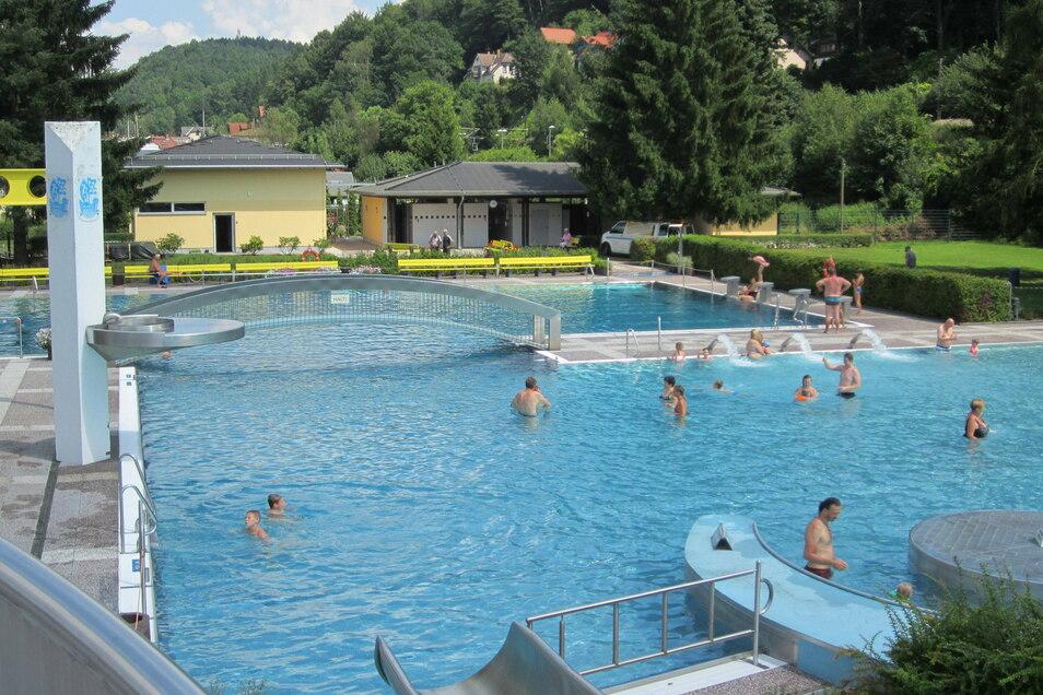 Ab ins Gebirge oder gleich Spaß haben im Freibad Wehlen? Für alle Schüler im ganzen VVO-Gebiet kein Problem mit dem Bildungsticket.