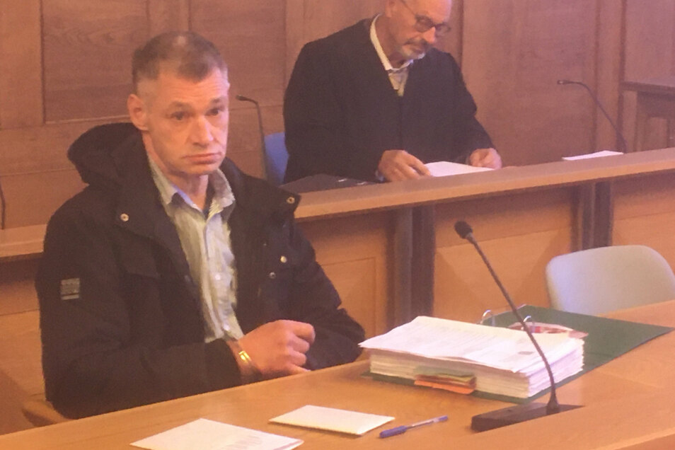 Frank H. hat im Juni 2018 in Zittau seine Lebensgefährtin erstochen. Dafür könnte er wegen Mordes verurteilt werden.