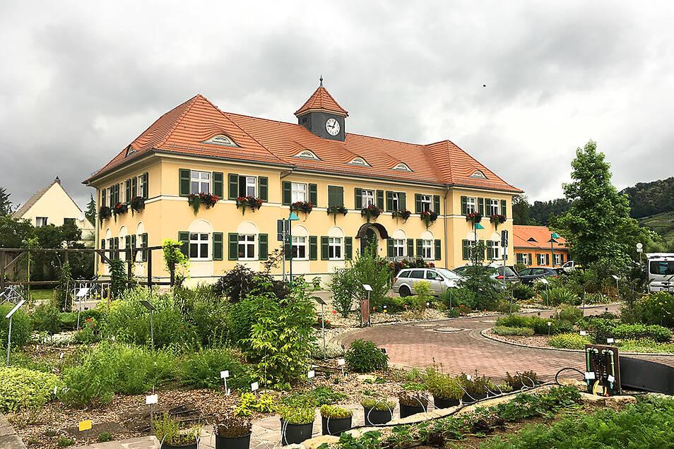 Im ehemaligen Gehilfenhaus sitzt jetzt das Landesumweltamt.