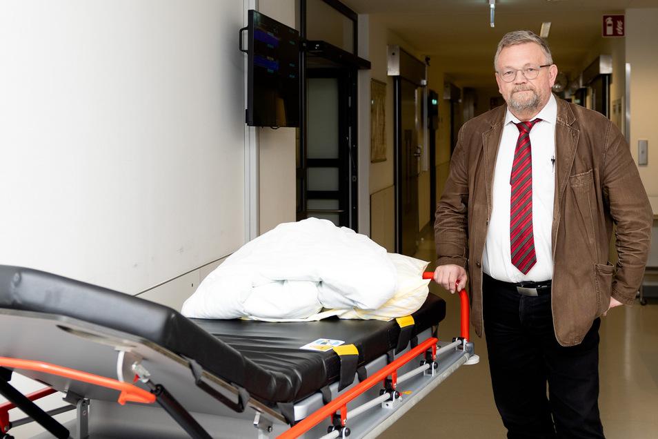 Reiner E. Rogowski ist Geschäftsführer der Oberlausitz-Kliniken, die mit ihren Tochtergesellschaften im Landkreis Bautzen auch mehrere Pflegeheime betreiben.