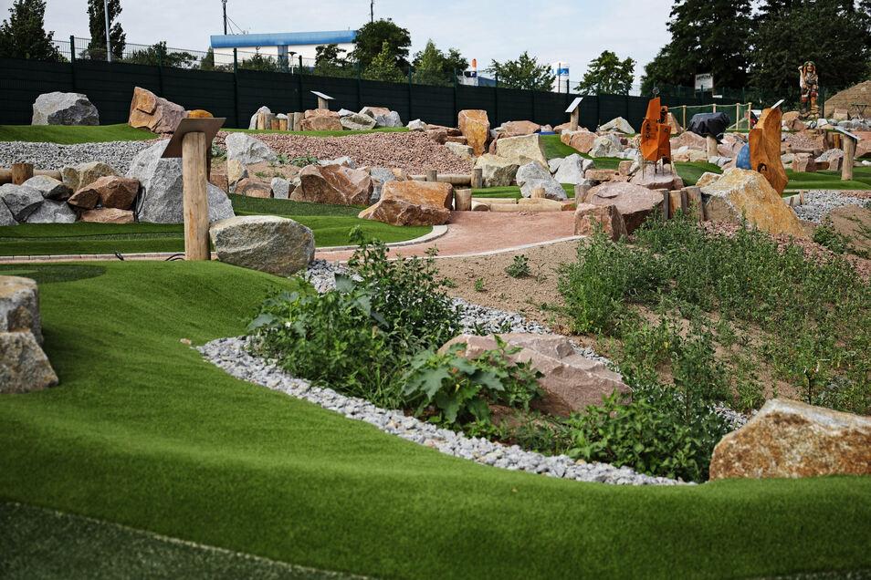 Die neue Minigolfanlage am Riesaer Olympia ist 2.500 Quadratmeter groß.