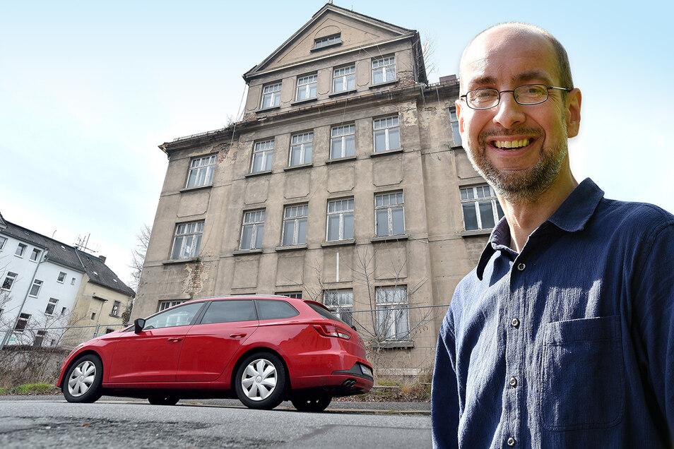 Die Friedrich-Haupt-Straße 1b in Zittau soll abgerissen werden. Thomas Göttsberger gefällt das nicht.