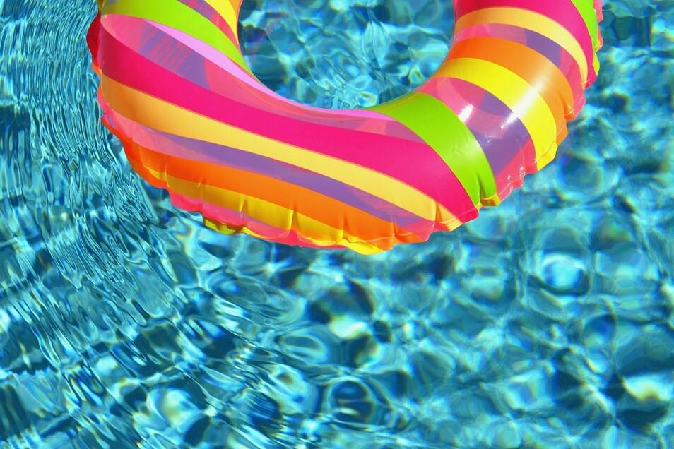 Schwimmen ist im Oschatzer Platsch nach dem Umbau erst einmal noch nicht möglich.