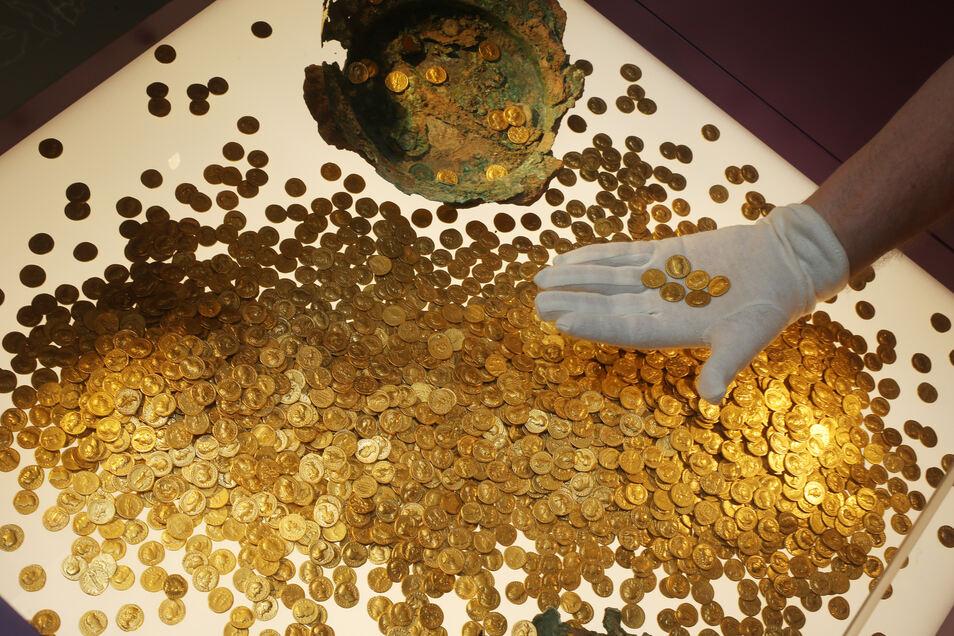 Anders als in Dresden und Berlin waren die Täter in Trier nicht erfolgreich. Die über 2.000 Goldmünzen konnten nicht gestohlen werden.