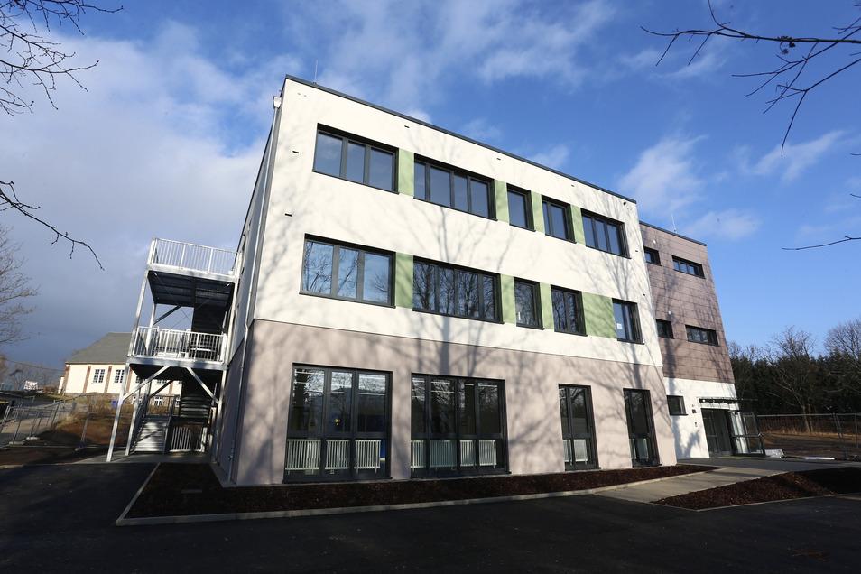 Die Schüler der Wilhelmine-Reichard-Schule ziehen demnächst in diesen Neubau.