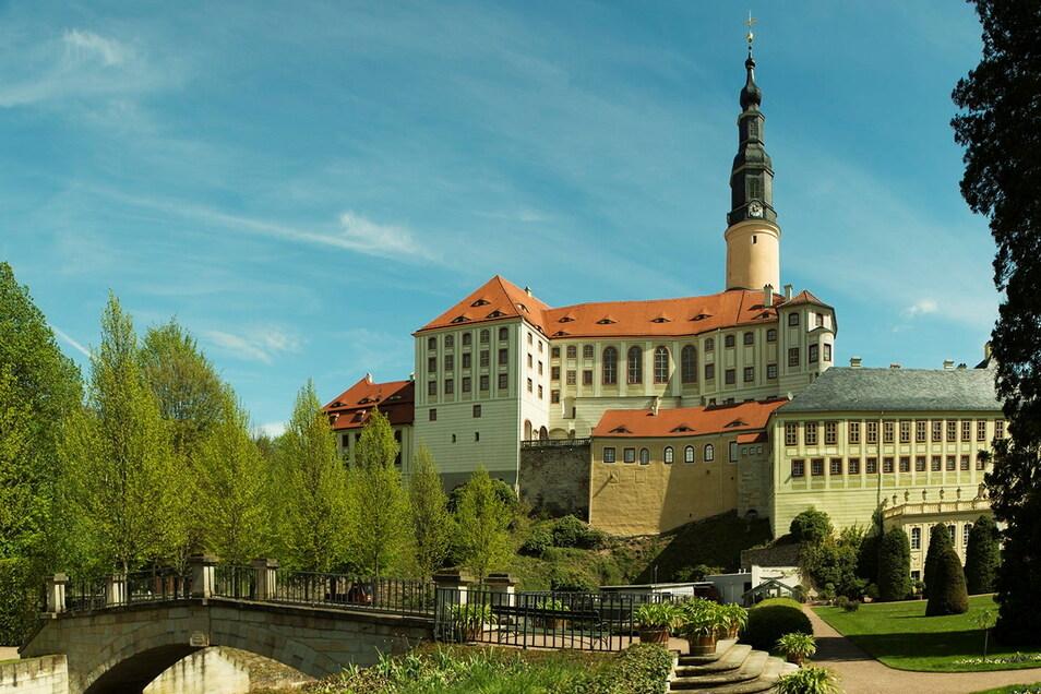 Der Park konnte fast immer besucht werden, nun sind ab Freitag auch die Räume im Schloss Weesenstein wieder offen.