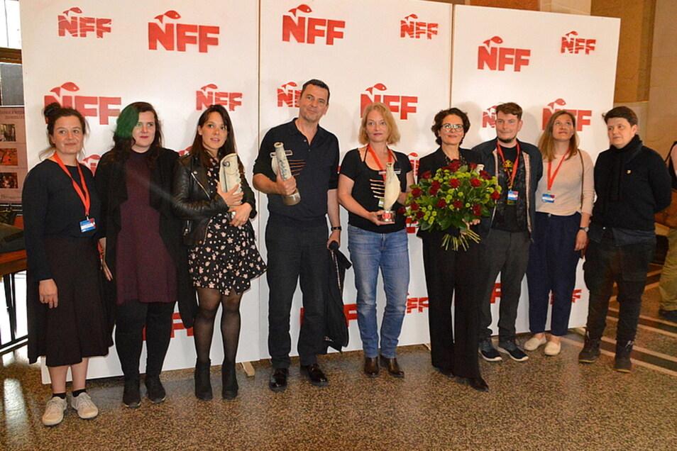 Im Vorjahr gehörte unter anderem Barbara Auer (4.v.r.) zu den Preisträgern des Neiße Filmfestivals. Sie gewann den von der SZ gestifteten Darstellerpreis.