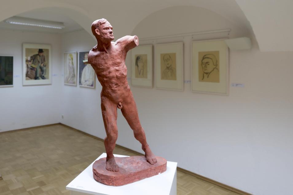 Skulpturen und Bilder von Carl Lohse zeigt die Stadt Bischofswerda in der gleichnamigen Galerie. Die beiden geplanten Jubiläumsausstellungen werden wegen der Corona-Krise allerdings verschoben.