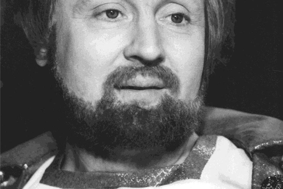 """Eine Rolle für die Ewigkeit: 1973 gibt er den gütigen König im Defa-Märchen """"Drei Haselnüsse für Aschenbrödel"""". Der Film wird auch auf Schloss Moritzburg gedreht – und zum zeitlosen Klassiker."""