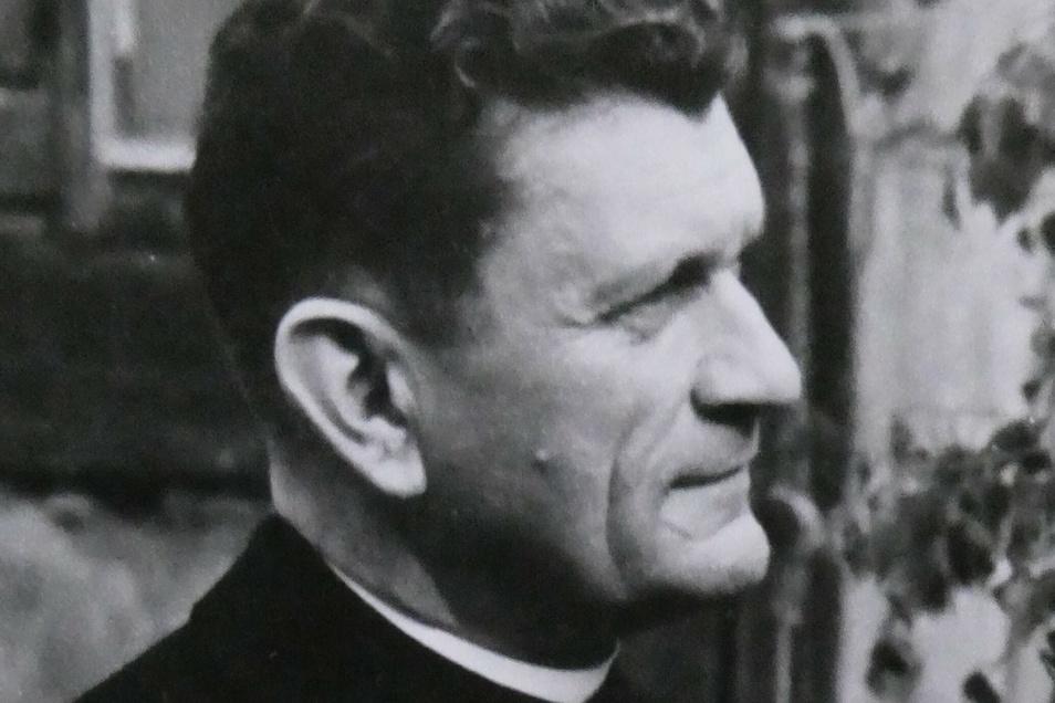 Pfarrer Herbert Jungnitsch kam 1948 in die Gemeinde in Heidenau. In den 1960er-Jahren beging er schwersten Missbrauch an kleinen Mädchen.