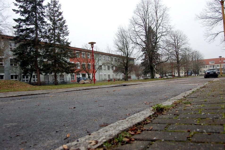 In diesem Bereich hat das Rathaus eine Querungshilfe über die Straße Am Stadtrand vorgesehen – es gibt die Forderung nach einem Zebrastreifen.