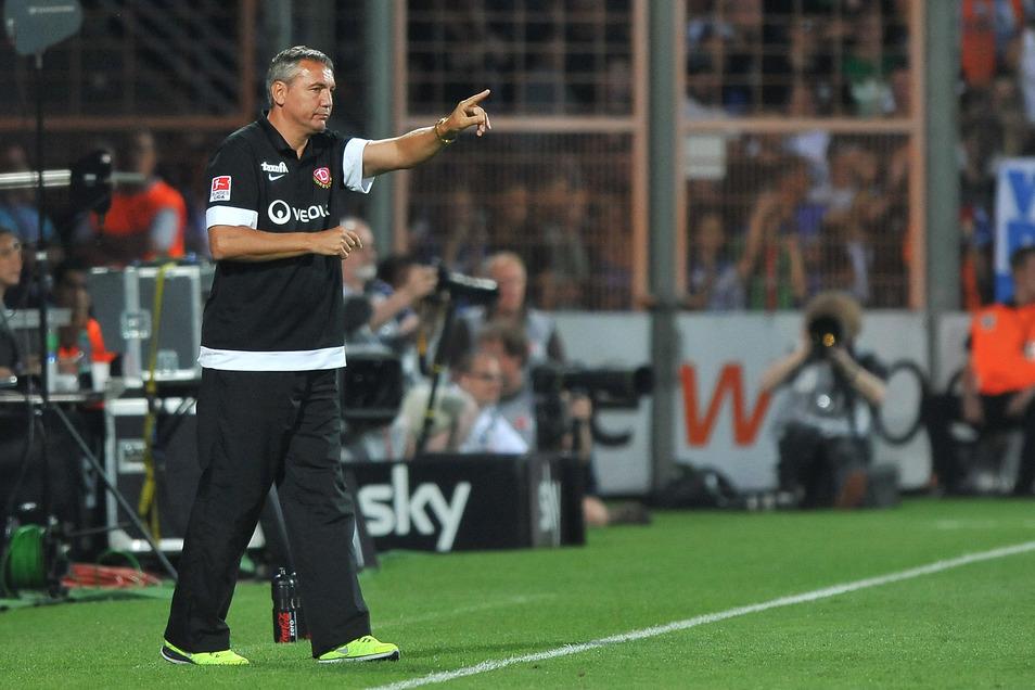Zweimal war Peter Pacult Cheftrainer bei Dynamo. Sein Herz aber, sagt er, hat er an 1860 München vergeben.