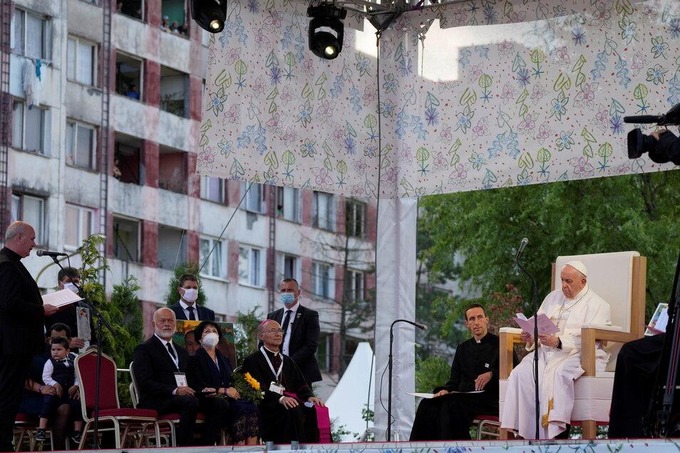 Papst Franziskus trifft Menschen der Roma-Volksgruppe in der Plattenbausiedlung Lunik IX in Kosice.