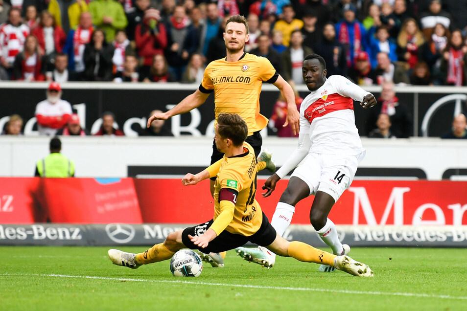 Schlechte Erinnerungen: Beim Auswärtsspiel in Stuttgart Anfang November unterlag Dynamo mit 1:3. Hier trifft VfB-Stürmer Silas Wamangituka zum Endstand.