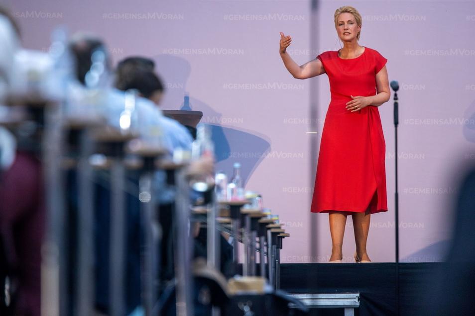 Starke Führungspersönlichkeiten, wie Manuela Schwesig, die Ministerpräsidentin und SPD-Landesvorsitzende von Mecklenburg-Vorpommern, sind rar in der SPD.