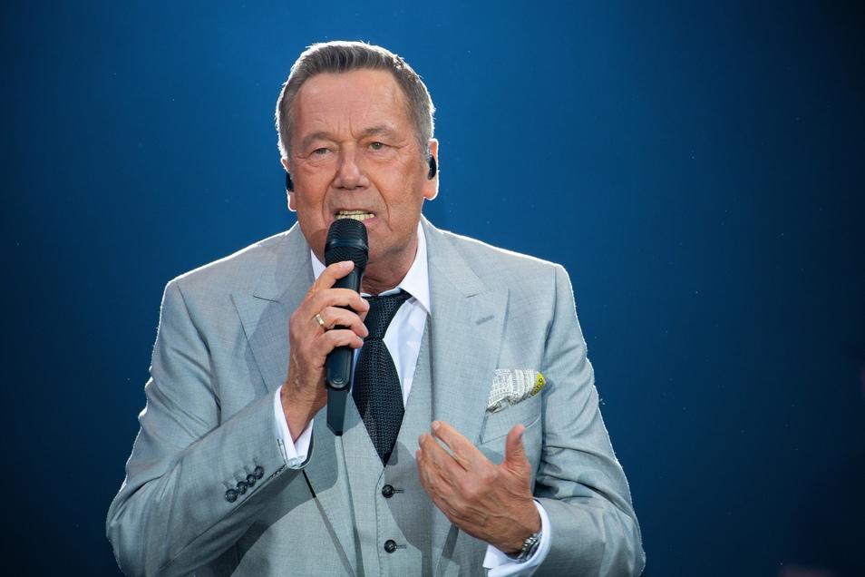 Roland Kaiser steht für den 29. August auf der Kamenzer Hutbergbühne im Programm. Darf er auftreten?