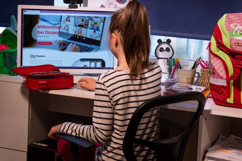 Wie können Kinder am besten Online Rückstände aufholen.