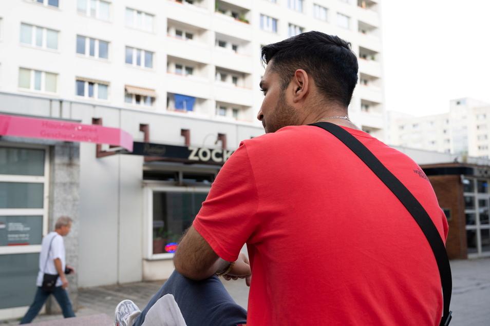 """Ali Bani Hashem hat schon viel erlebt in dem Viertel: """"Ich wünsche mir keine Rassisten und Nazis in dem Viertel."""""""