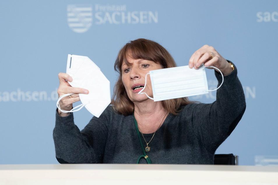Im April 2020 rief Sachsens Gesundheitsministerin Petra Köpping erstmals zum besonderen Schutz der älteren Bevölkerung auf. Acht Monate appellierte sie erneut. Die Senioren in den Heimen starben trotzdem zuhauf.