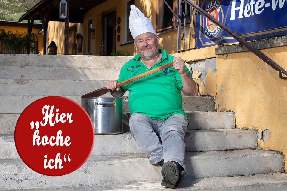 Steffen Gebhardt vor seinem Sonnenhof in Hinterhermsdorf.