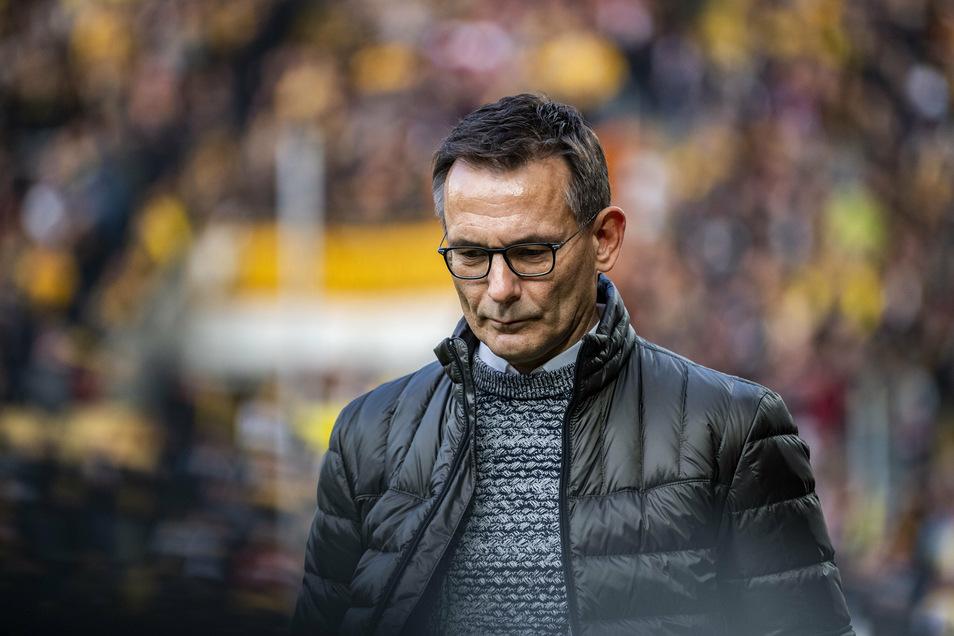 Die Trennung von Geschäftsführer Michael Born kam plötzlich, aber nicht ganz unerwartet. Dynamos Aufsichtsrat hatte kein Zutrauen mehr, dass er erfolgreich durch die Corona-Zeit bringt.