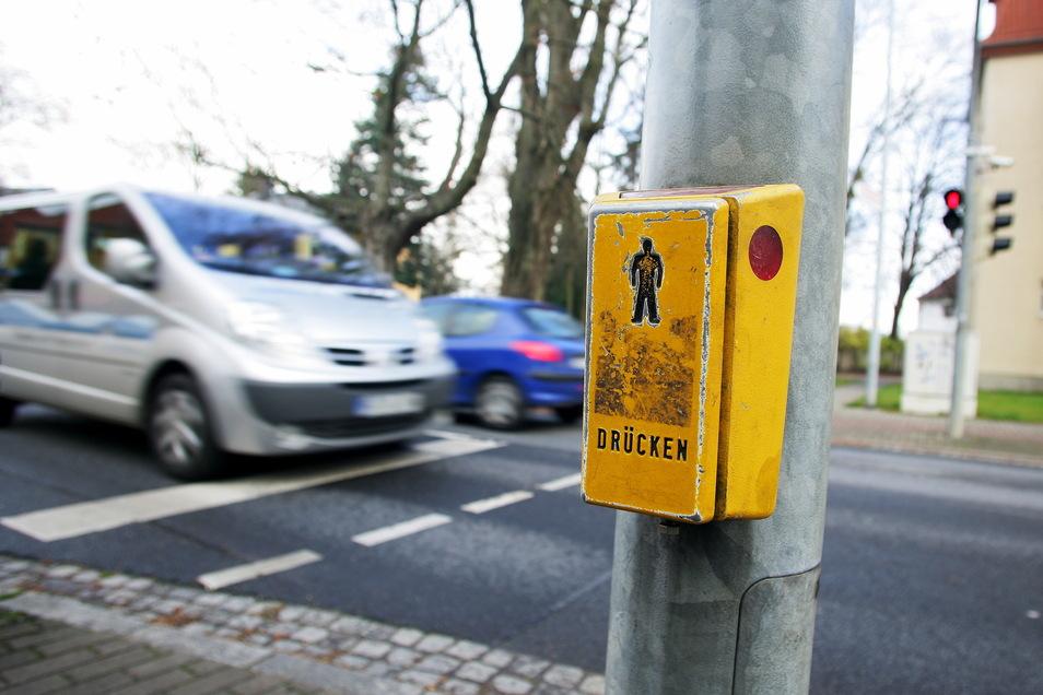 Funktioniert die neue Technik gut, dann haben solche Ampeldrücker in Dresden in Zukunft ausgedient.