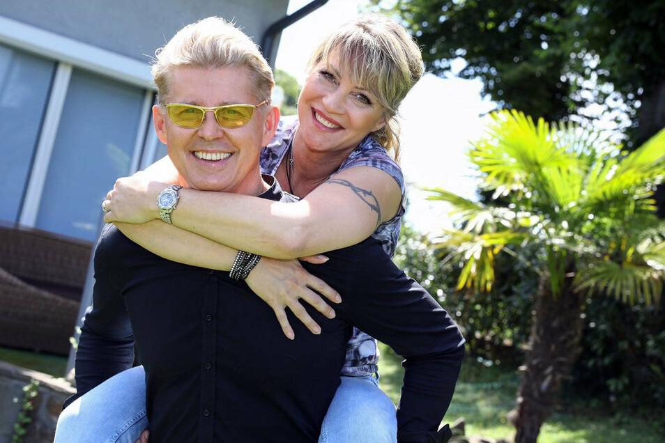 Markus Mörl hat seine Freundin Yvonne König, ebenfalls Schlagersängerin, in der RTLzwei-Sendung «Deine Hochzeit - Live!» das Jawort gegeben.