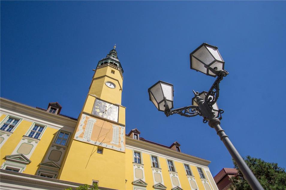Ärger im Bautzener Rathaus: Weil 16 Stadträte am Mittwoch die Sitzung verlassen haben, konnten einige Beschlüsse nicht gefasst werden.