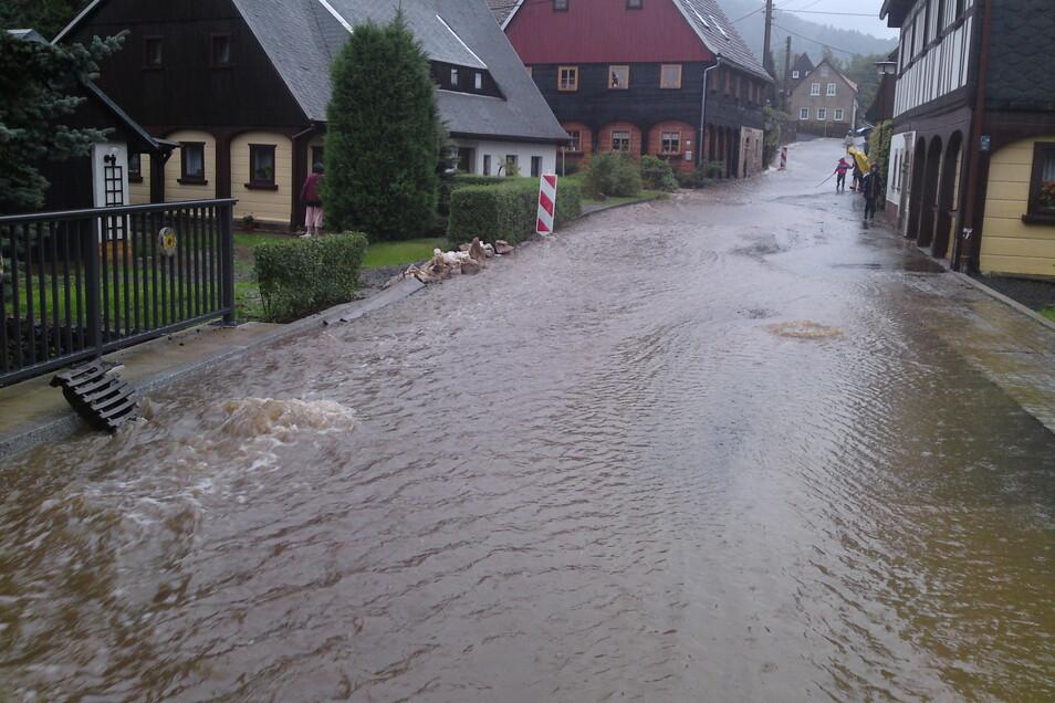 So sah es am 7. August 2010 in Waltersdorf aus. Die Gemeinde Großschönau wollte diese Situation in Zukunft verhindern.