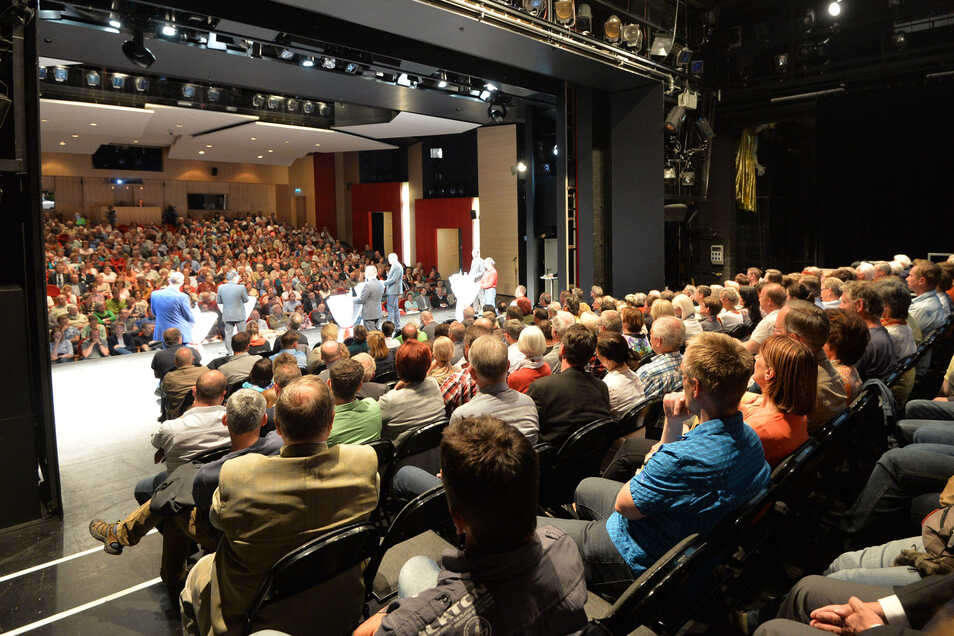 Vor vier Jahren hatten SZ und Theater im Bautzener OB-Wahlkampf Hunderte Bürger für das Wahlforum interessiert. Zur Wahl des Stadtrates gibt es jetzt eine Neuauflage..