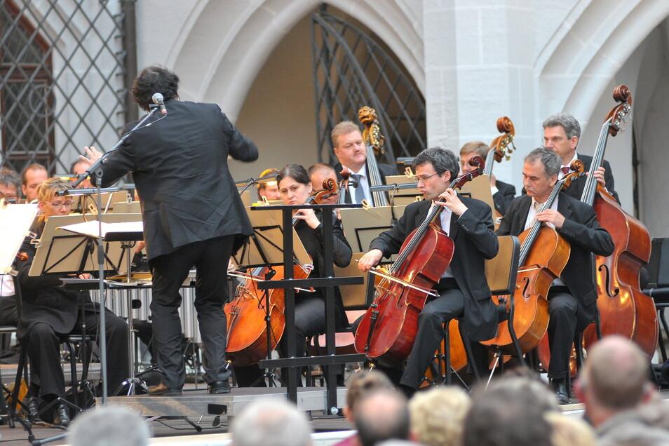 Konzert der Elbland Philharmonie Sachsen. Am 10. Juli gibt es Musik aus legendären Hollywoodfilmen in Pirna.