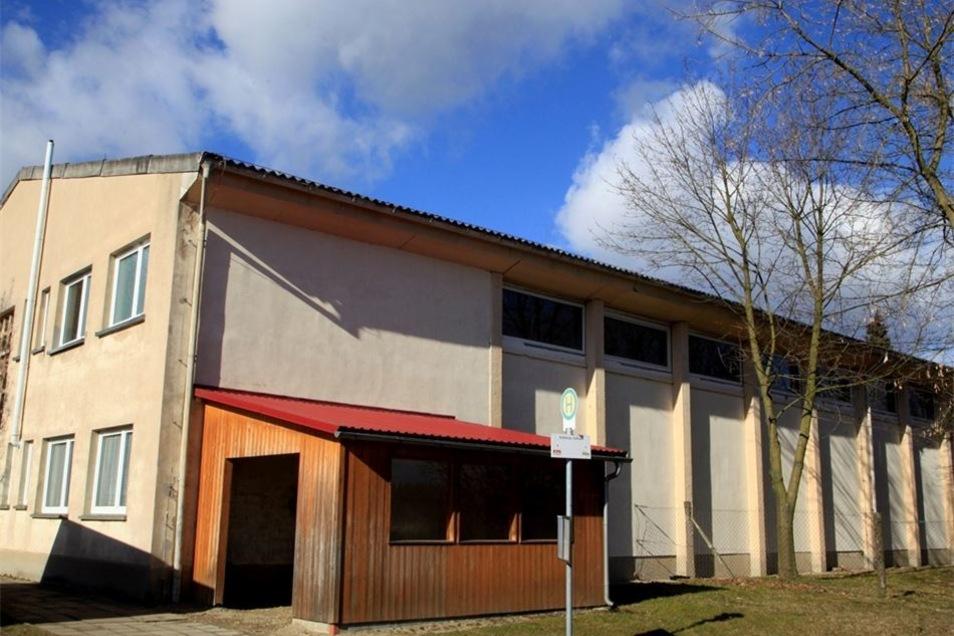 Schönau-Berzdorfs Turnhalle auf dem Hutberg wird dank EU-Förderung zum Sport und Begegnungszentrum ausgebaut.