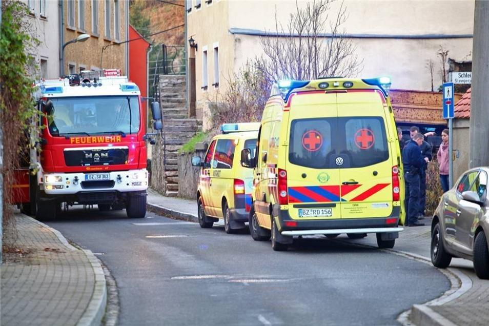 Zeugen alarmierten zwar noch den Rettungsdienst, für den Verunglückten kam aber jede Hilfe zu spät.