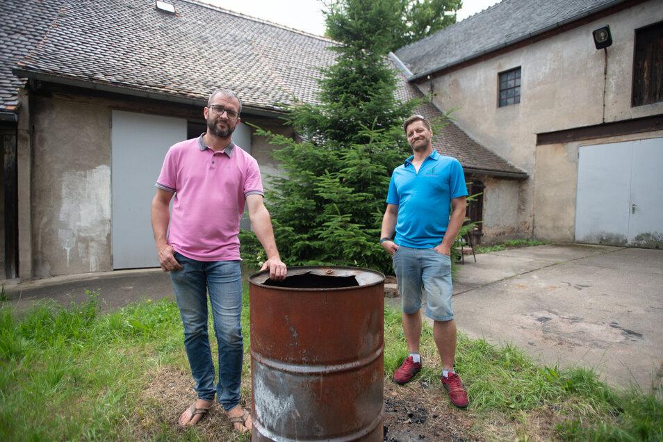 Marco Eykes (l.) Immobilien Gesellschaft gehört das Kellingsche Vorwerk in Kamenz. Hier könnte auch der Fewa-Club, für den sich Robin Espe engagiert, ein neues Domizil bekommen.