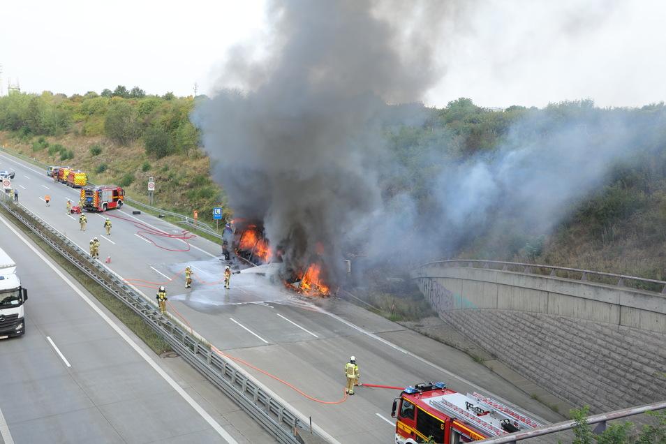 Das Feuer in dem slowakischen Lkw konnte inzwischen gelöscht werden.
