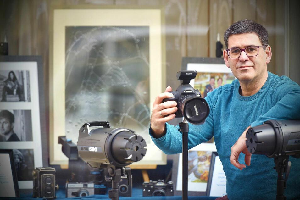 Rafael Sampedro fotografiert seit vielen Jahren für die SZ, hat aber auch ein eigenes Fotostudio in der Reichenberger Straße in Zittau.