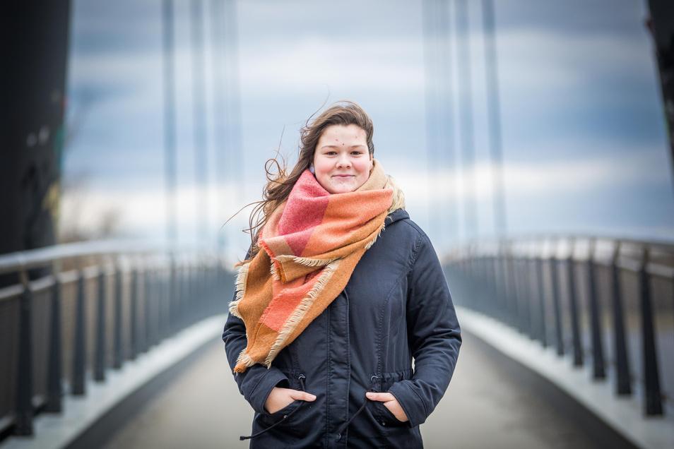 Jeder braucht seine eigene Brücke ins Leben: Mit ein wenig Verspätung hat sich Jessica Böttger nun auf den Weg gemacht.