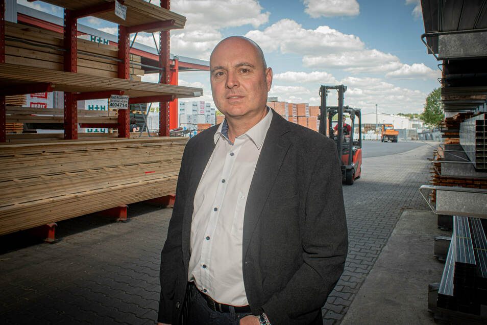 Seit acht Jahren führt Oliver Käbisch die Firma H+K Baustoffe in Kamenz. Das Familienunternehmen wurde vor 30 Jahren gegründet.