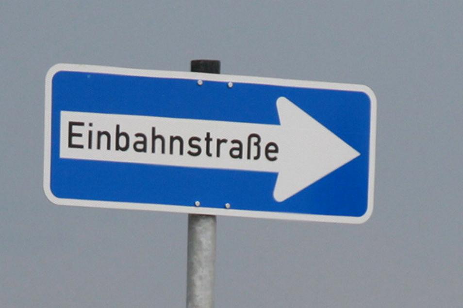 Ab Montag ist die B 98 nach Wildenhain gesperrt. Eine Umleitung wird dann zur Einbahnstraße.