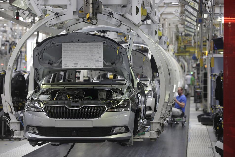 Heute werden in der Škoda-Produktionshalle der Rapid, Fabia und Superb gebaut.