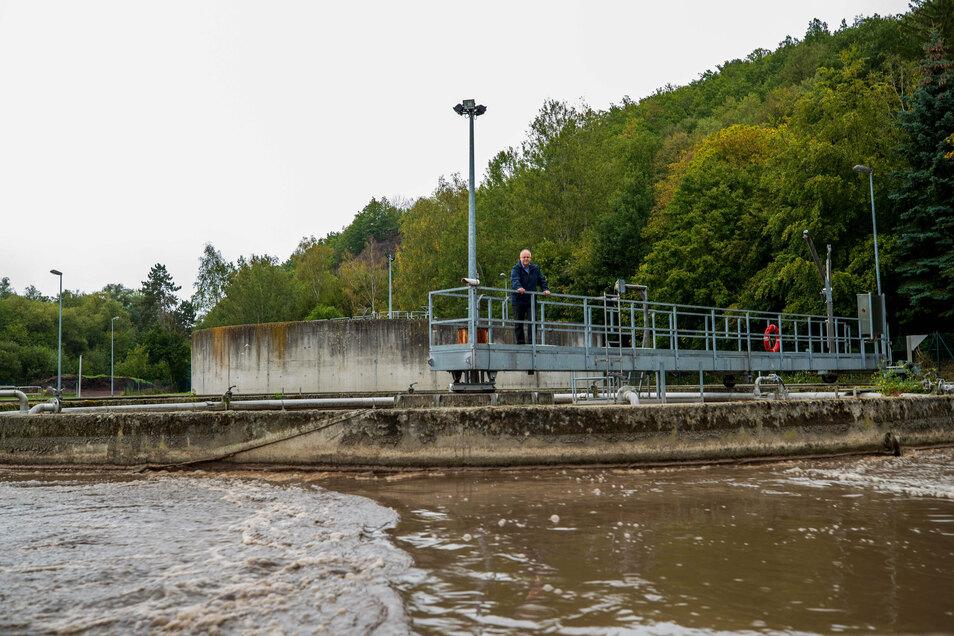 Frank Schönig, Bürgermeister von Kreischa, hat die Baugenehmigung für die neuen Becken.